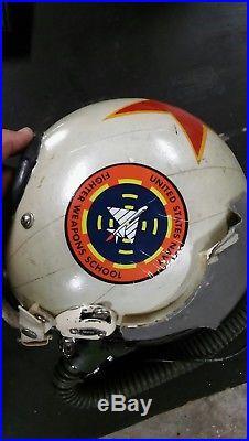 Us Army Surplus >> 100% ORIGINAL USN TOP GUN INSTRUCTOR FIGHTER WEAPONS SCHOOL HGU 33 Flight Helmet | United States ...