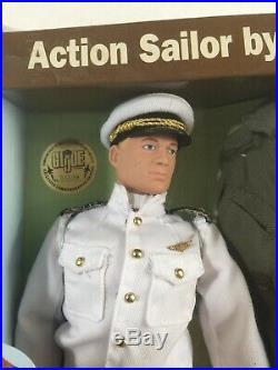 2005 FX Show GI Joe #89 U. S. Navy Top Gun Pilot MISB with Fighter Pilot Helmet